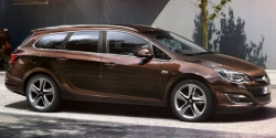 Opel_Astra_Family_Page_SportsTourer_560x240_as14_e02_096