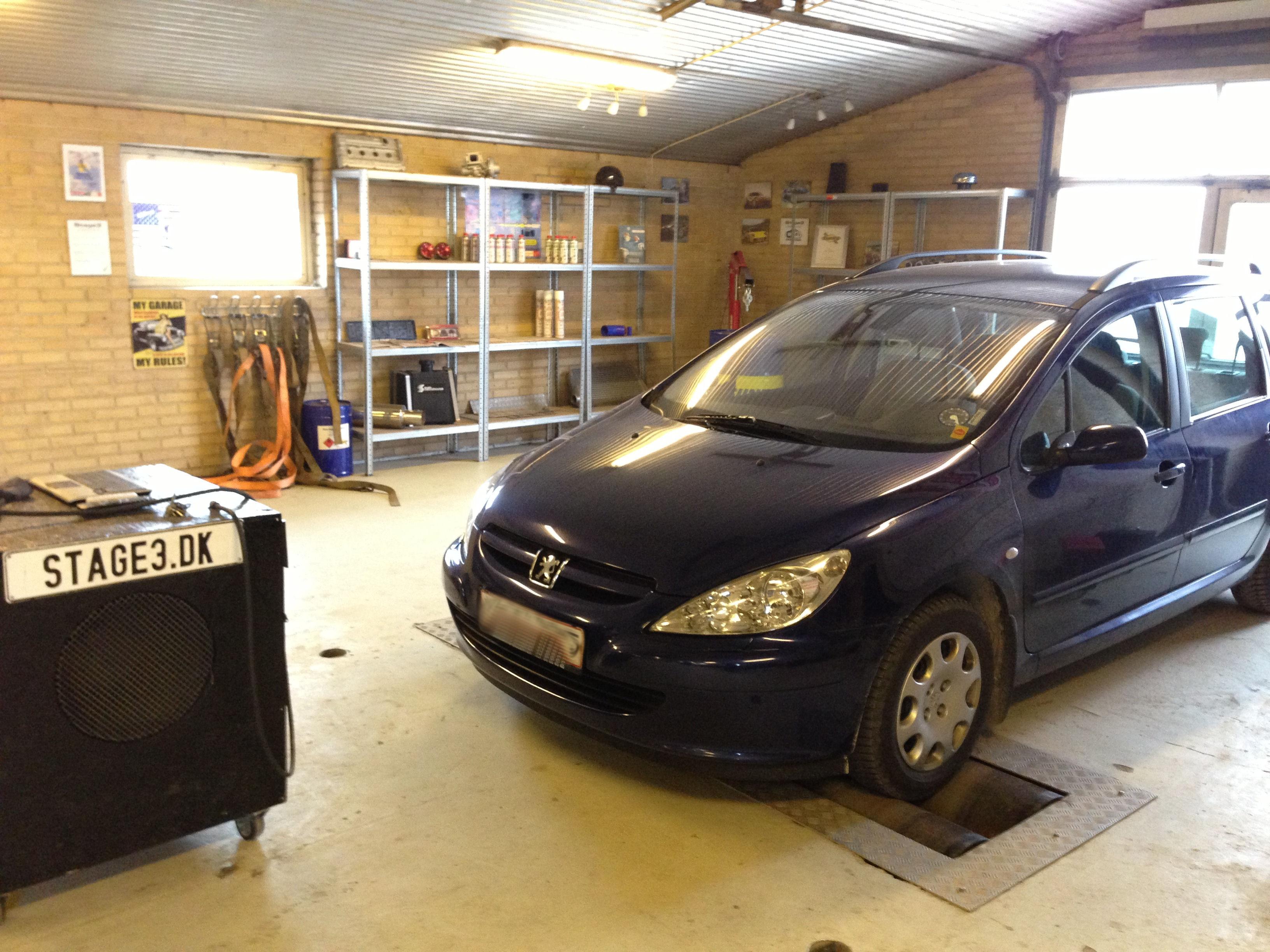 Peugeot 307 2.0 HDI (1)